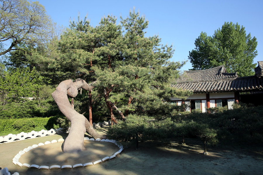 Home of the founder of the Choson Dynasty, Hamhung, North Korea