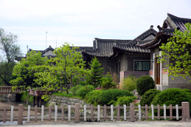 Minsok Folk Hotel in Kaesong in North Korea, DPRK with KTG Tours