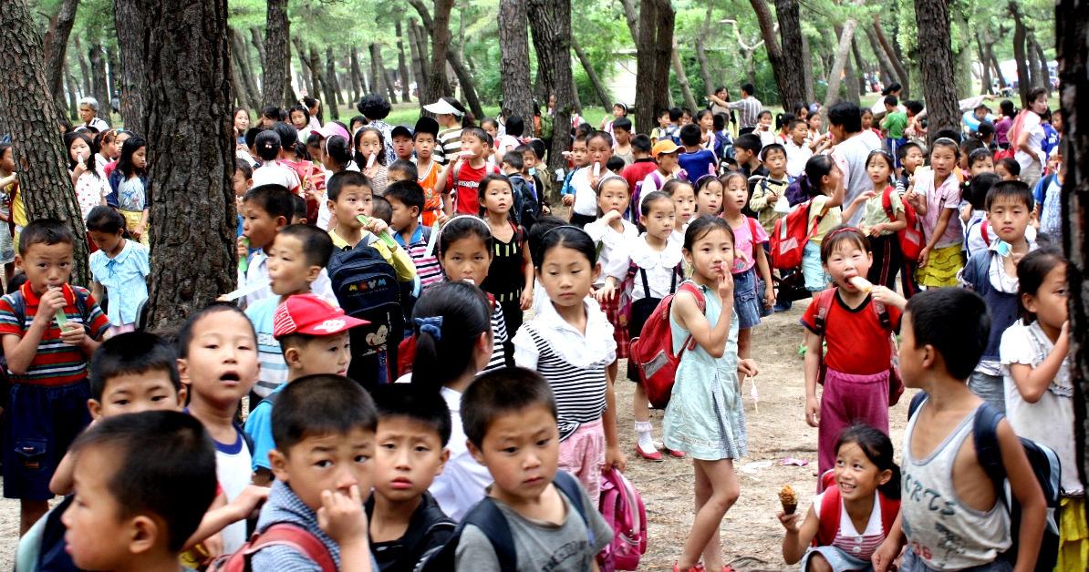 kids in Songdowon, North Korea (DPRK)