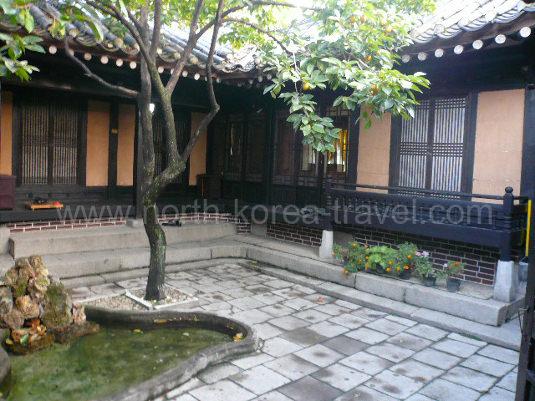 Hotel folklorique Minsok à Kaesong Nord Corée