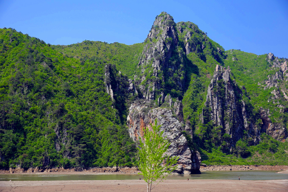 Sinpyong lake, North Korea (DPRK)