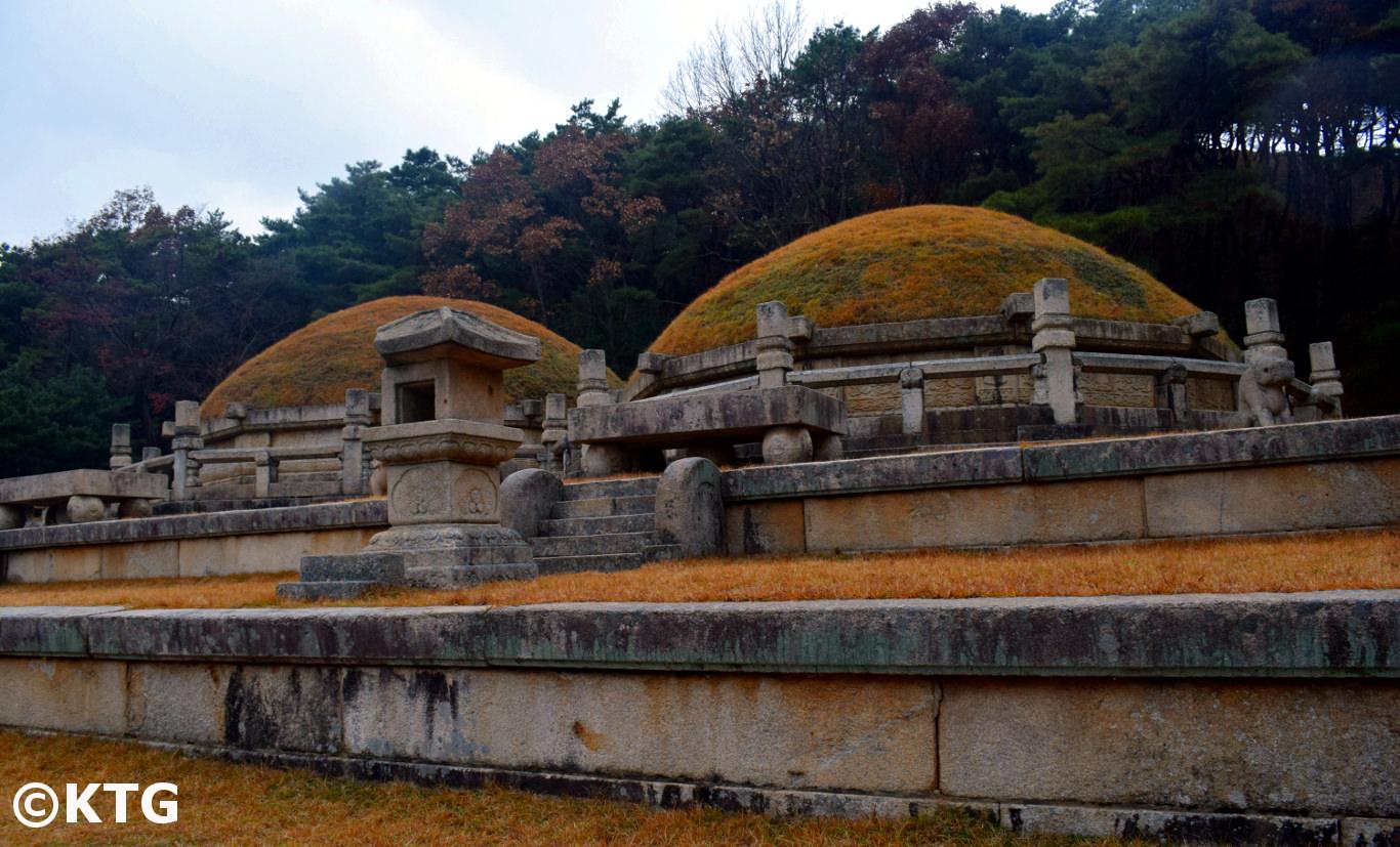 Tombeaux du Rois Kongmin et de sa femme à Kaesong en Corée du Nord