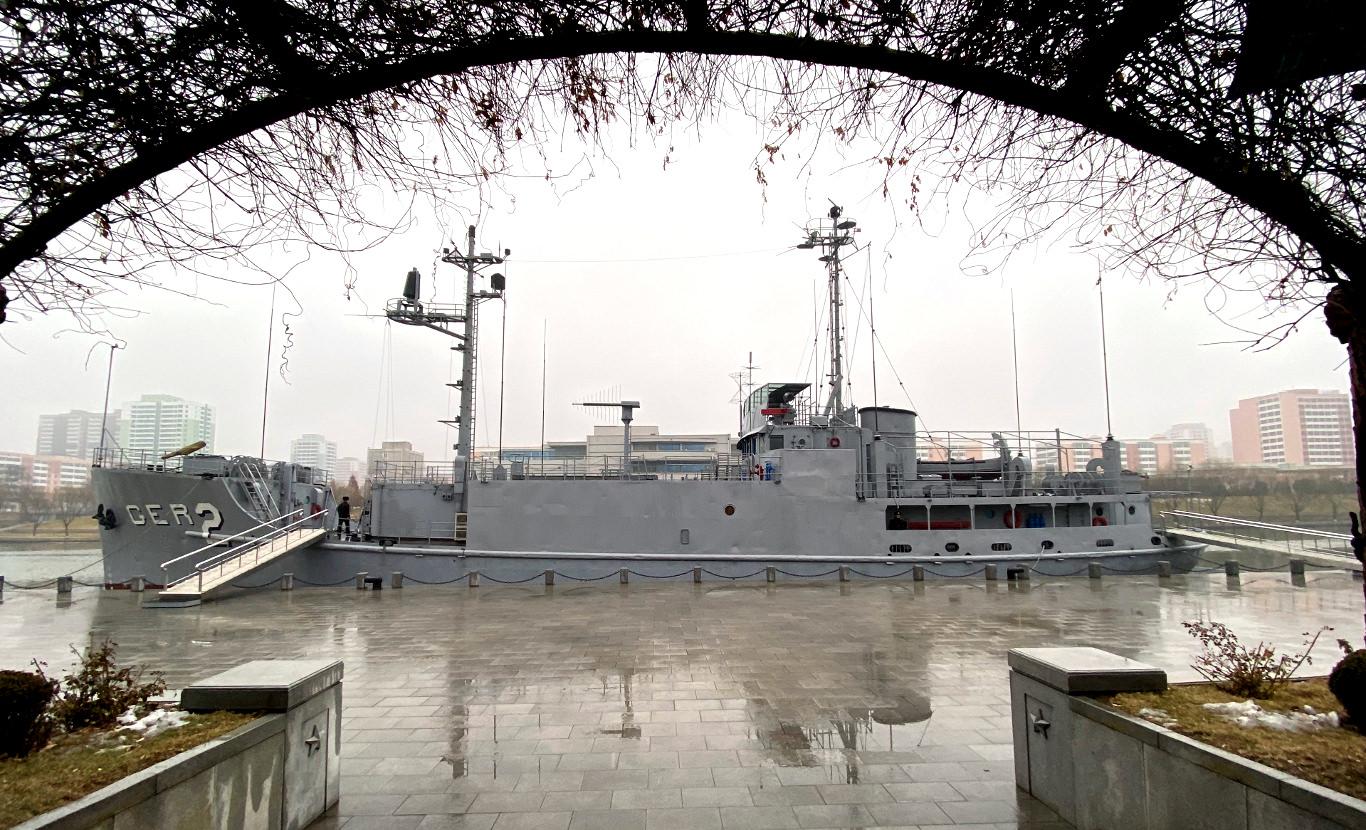 El barco americano capturado por Corea del Norte en 1968 (el USS Pueblo). Viaje organizado por KTG Tours