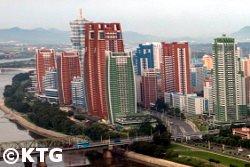 Calle mirae vista desde el Hotel Yanggakdo, Pyongyang Corea del Norte
