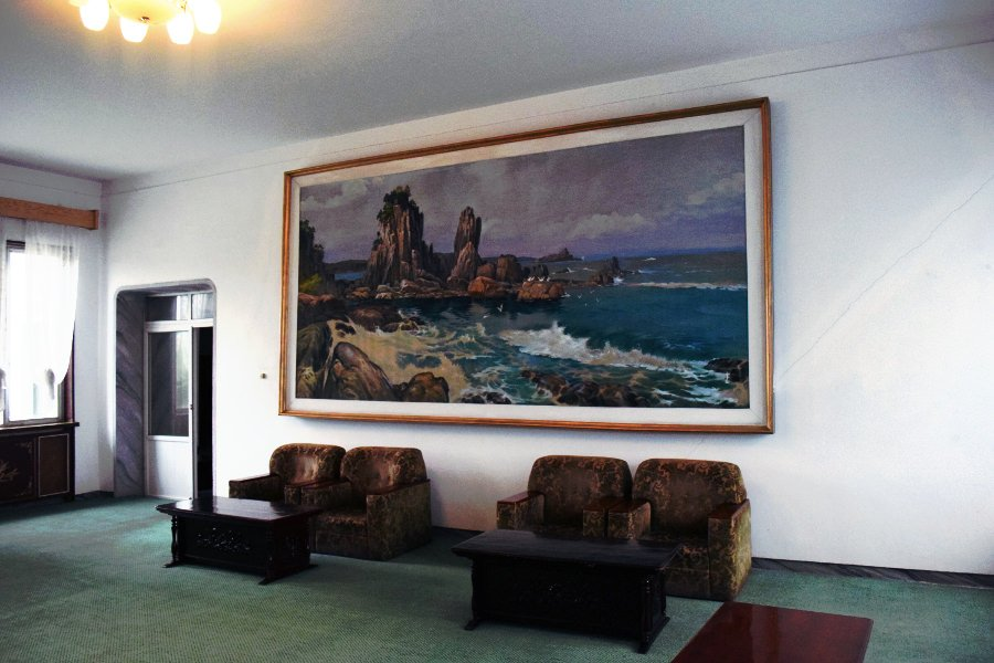 Sitting room in the Songdowon Hotel in Wonsan city. Wonsan is a port city in North Korea. It is the provincial capital of Kangwon province. Discover the DPRK with KTG Tours