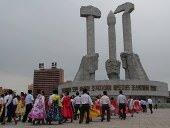 monumento partido de los trabajadores en pyongyang