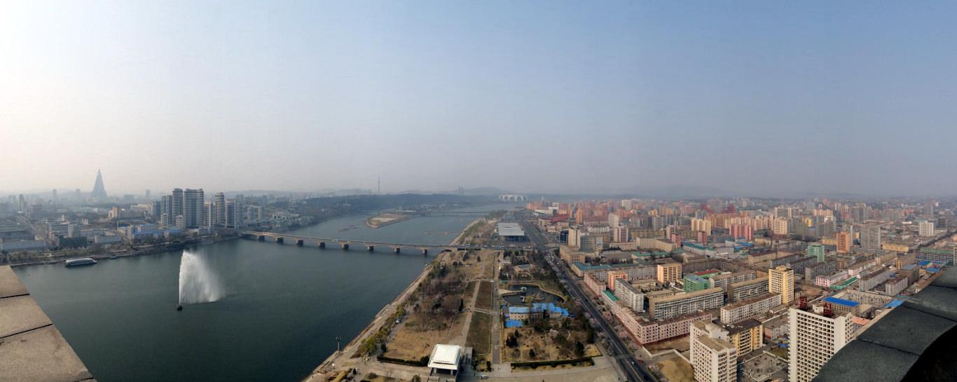 Vistas de Pyongyang desde la Torre Juche