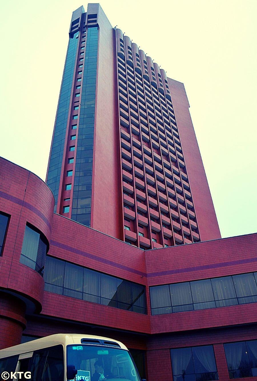 Hotel Sosan en Pyongyang, Corea del Norte, vehiculo KTG