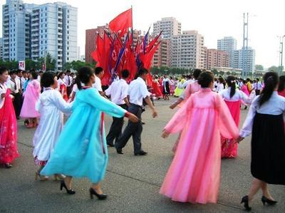 Mass Dancing in Pyongyang